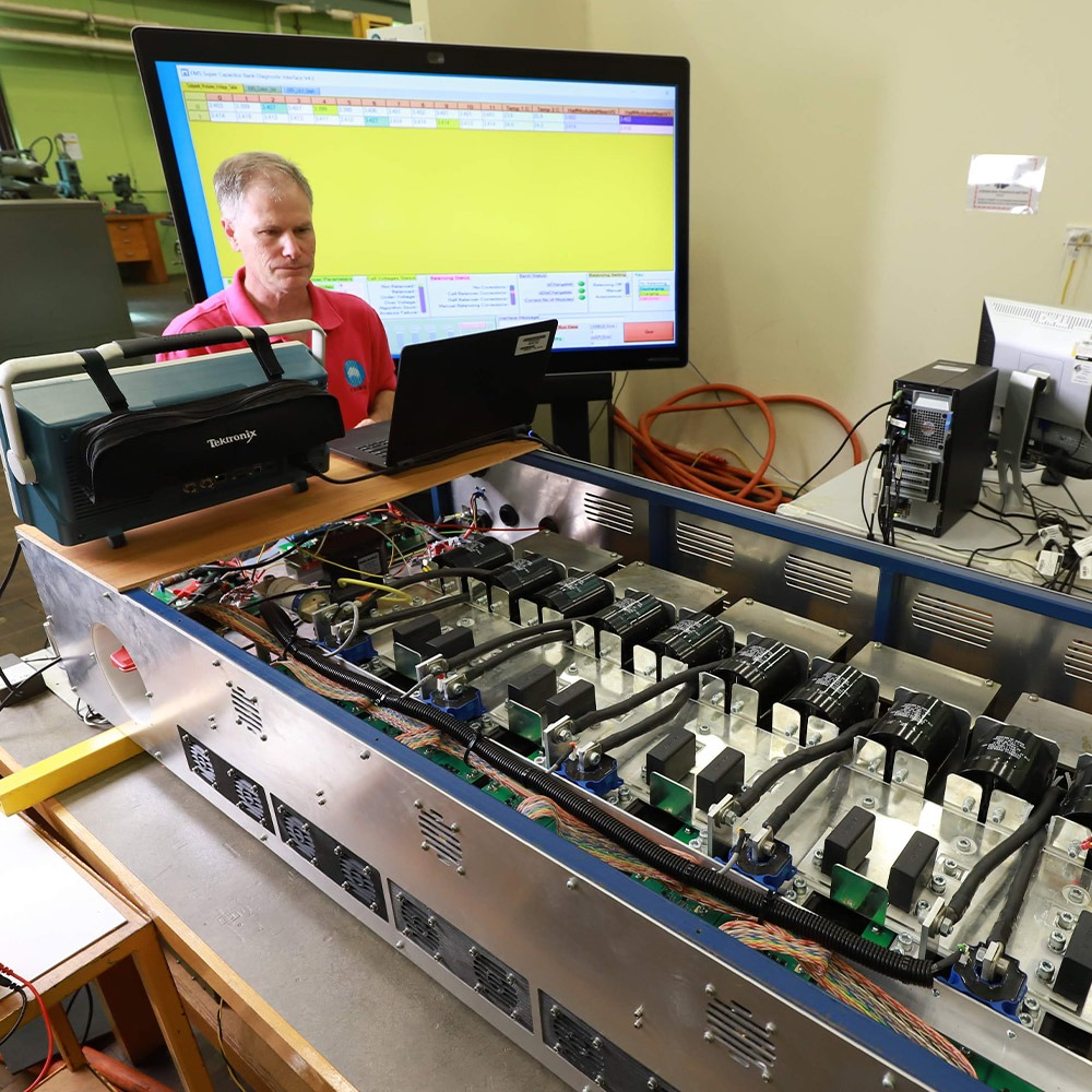 Supercapacitor energy management system