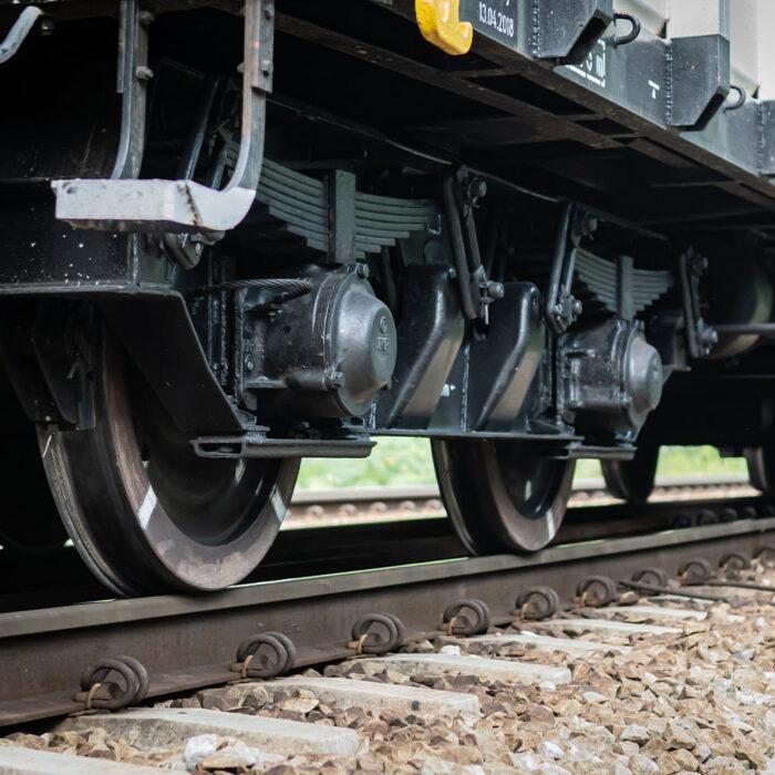 Laser repair of railway cast components
